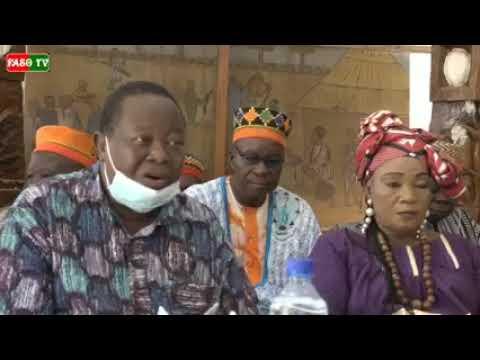 Une nuit d'hommage aux chefs coutumiers, une initiative de Nana Bibata, artiste musicienne burkinabè